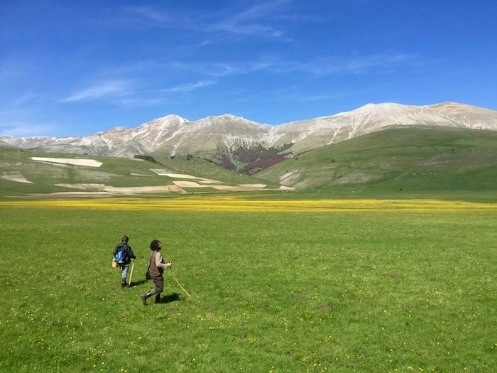 【トリップス】全て現地取材マニアがつくる旅行メディアイタリア地震で被災した「絶景の村・カステルッチョ」の美しさと、論争。
