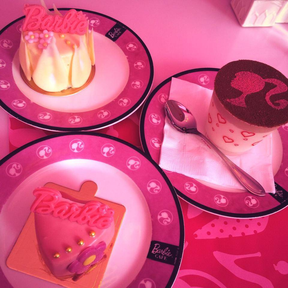 Barbie Cafe