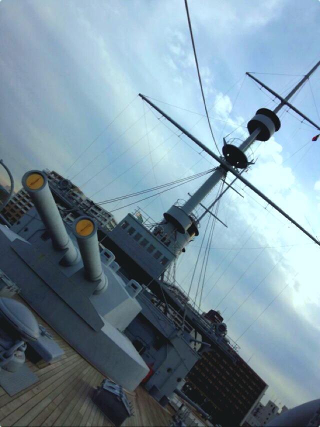 「どぶ板通り」ディープすぎる…元米兵と横須賀を巡ってきました