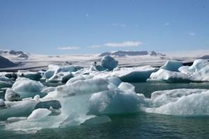 氷の国アイスランド