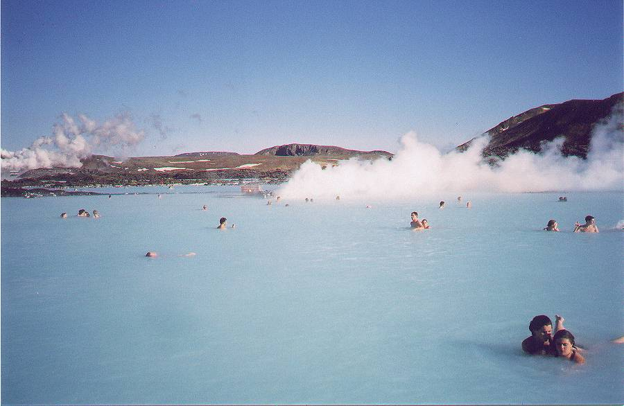 アイスランドは「火の国」?~北欧研究会代表の独り言コラム~.txt