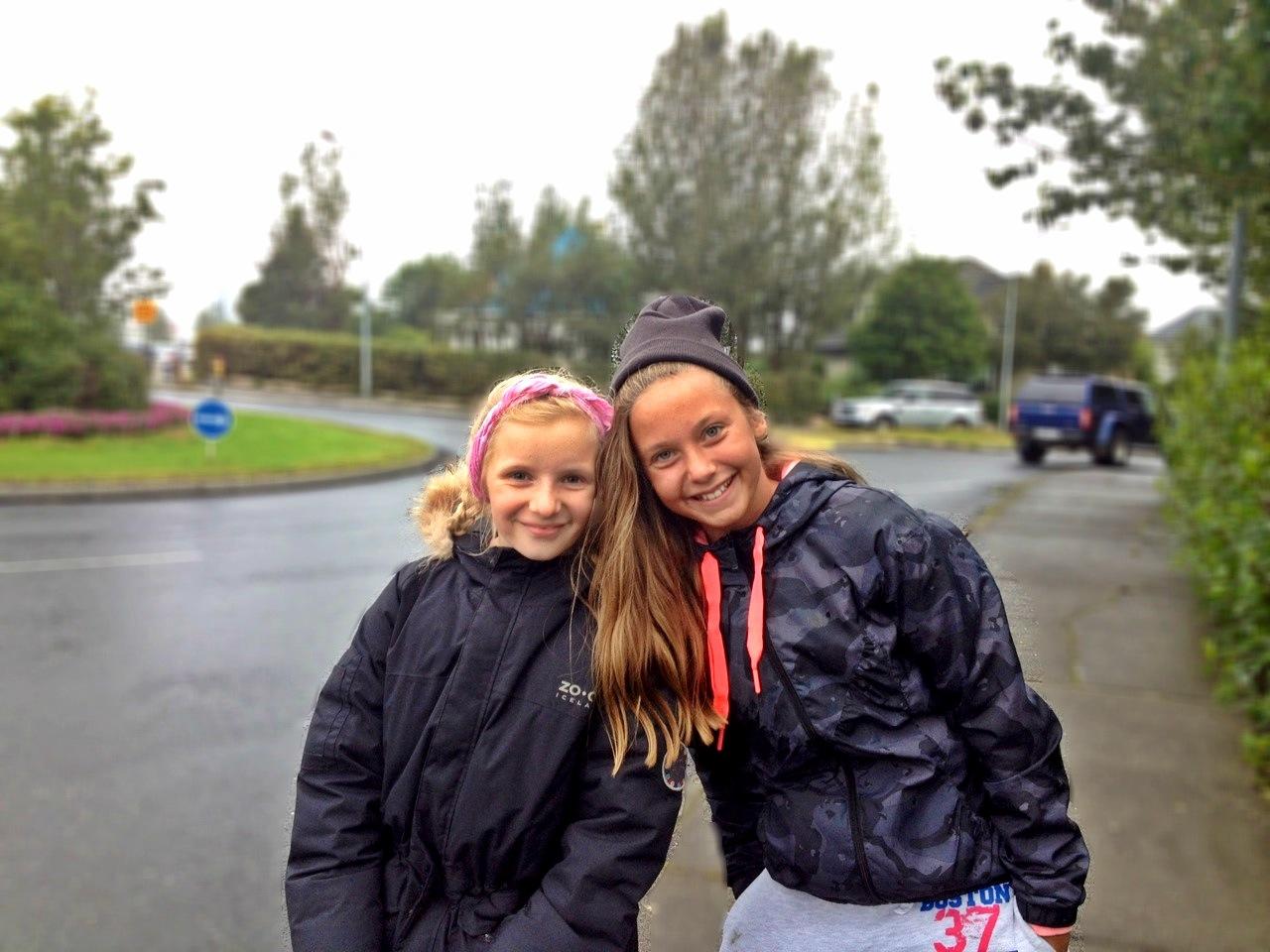 アイスランド女の子2人