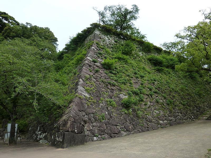 800px-Nobeoka_Castle_Stone_Wall (800x600)