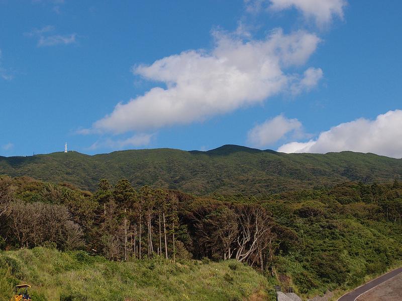 """自然の中で""""時代""""を感じる伊豆大島観光―時の流れを感じて嬉しくなる旅"""