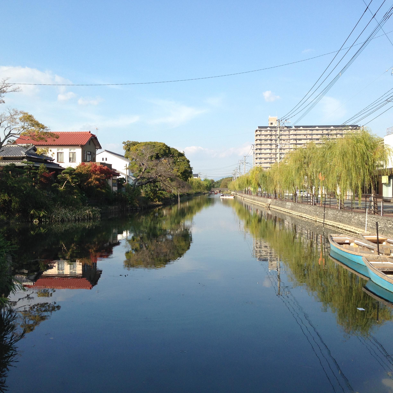 川よし前の川