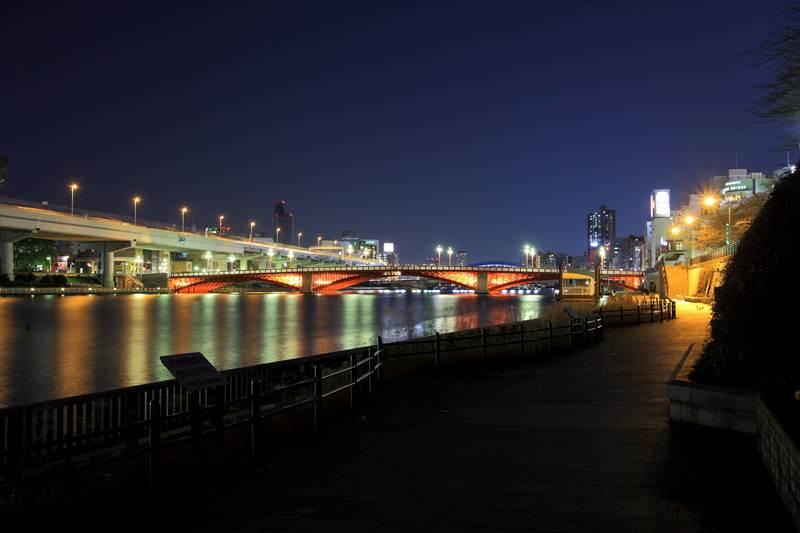 浅草 吾妻橋と隅田川の夜景