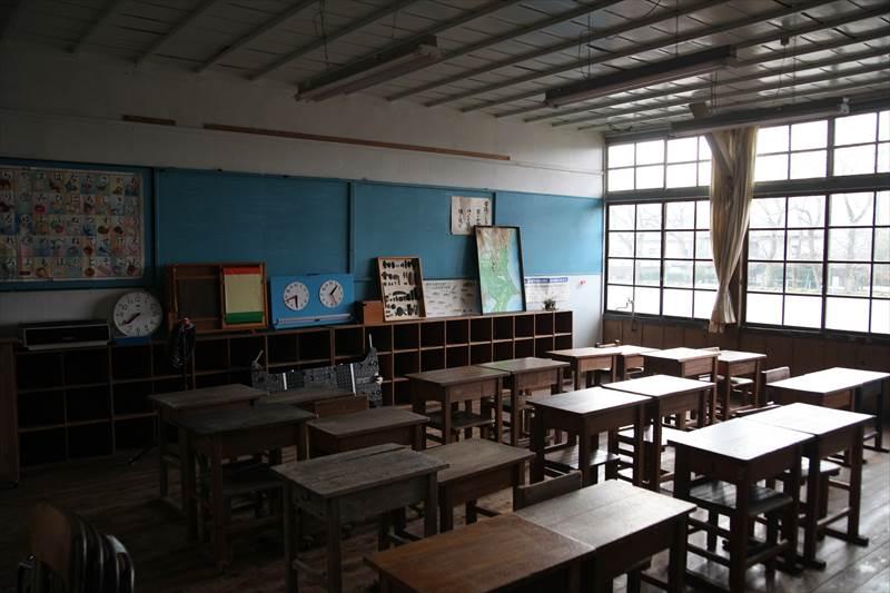 旧上岡小学校 教室
