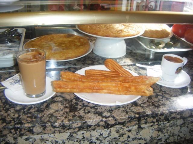 チュロスの朝食