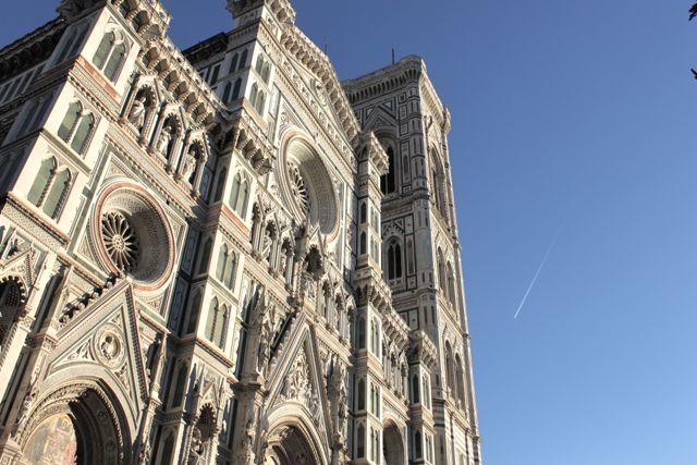 せっかく来たなら、フィレンツェ大聖堂広場で「絶景写真」撮ってみない?