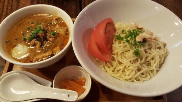 ラーメン仮面55エスニックつけ麺