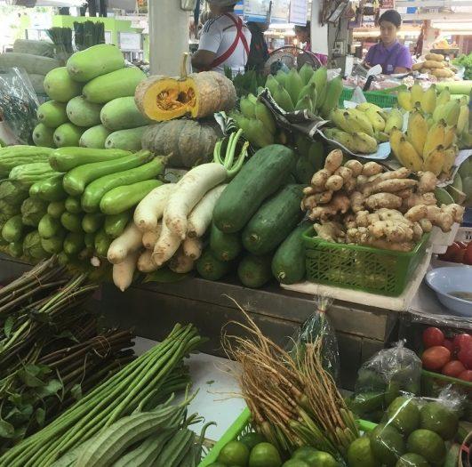 オートーコー市場・タイ野菜