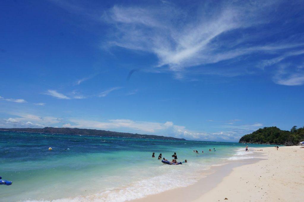 物価が安くて近いビーチリゾート「ボラカイ島」が穴場! 少ない予算でオトクに楽しむ方法