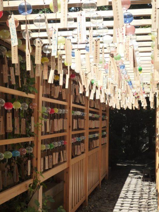 ■⓬【川越氷川神社-45風鈴回廊】●700px) P1040270