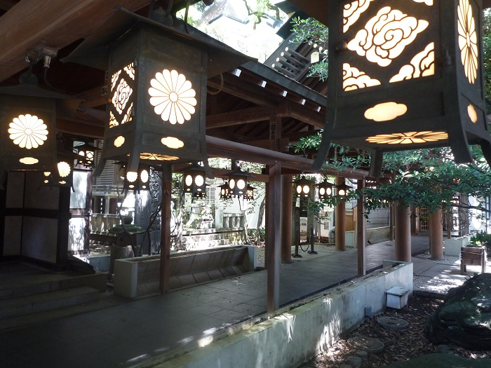 ■⓮【川越氷川神社-50灯篭】●700px) P1040276