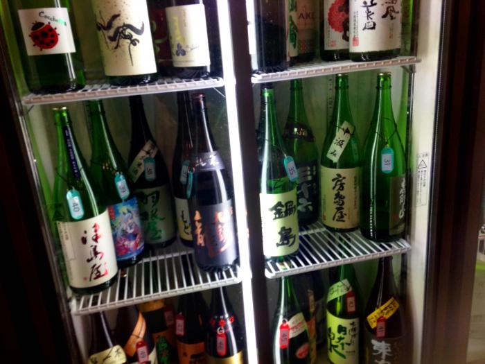 飲み放題の日本酒。こんなに飲み比べできるんです!