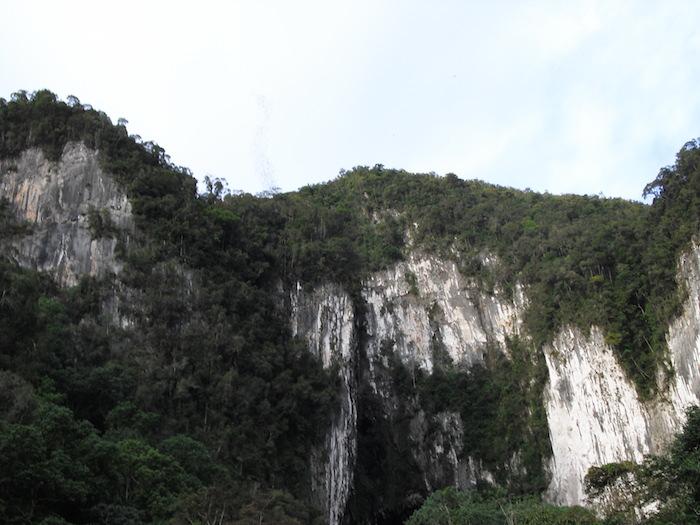 グヌンムル国立公園 ディアケイブ
