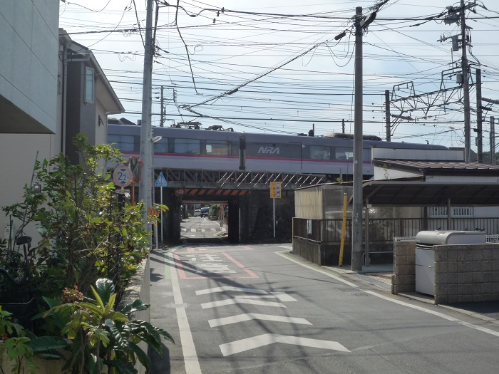 ●-21【トトロ:西武池袋線ガード-105】700px P1050014