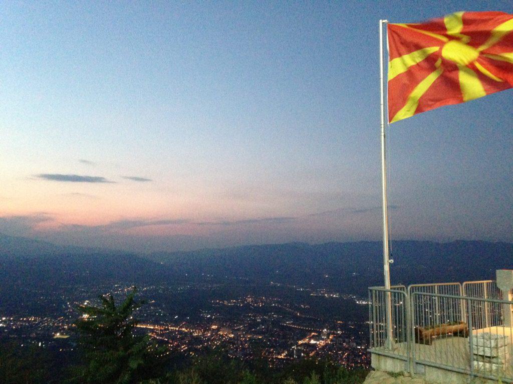 奇想天外な進化を続ける街、マケドニアの首都「スコピエ」に隠された日本との意外なつながり