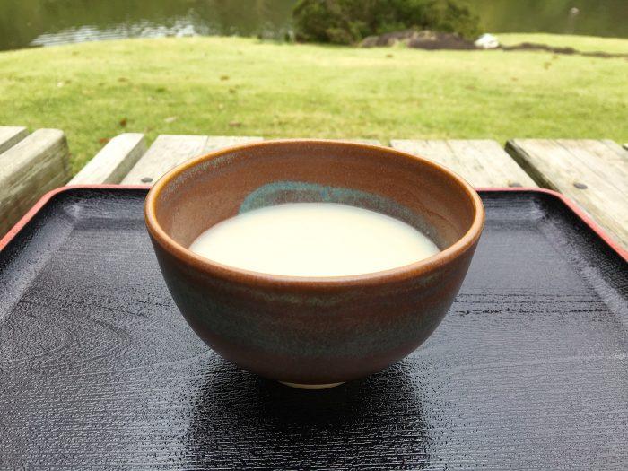 吹上茶屋の甘酒