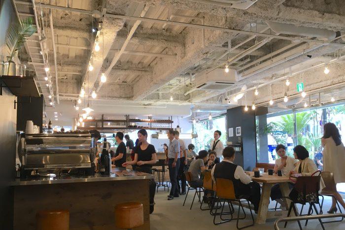 モーニンググラスコーヒー 大阪店 店内