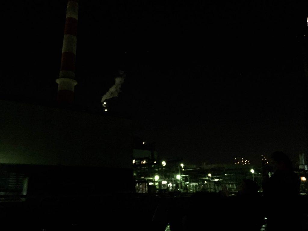 煙突から煙