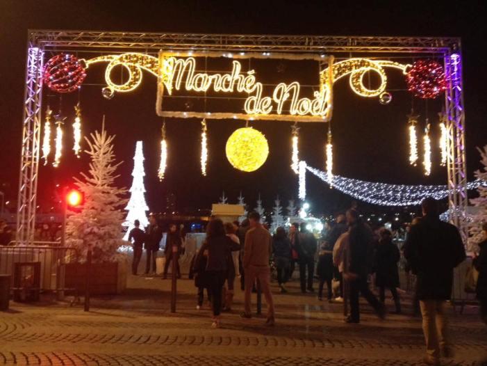 マルセイユで、港のクリスマス・マルシェがスタート!フランスのマルシェってどんなかんじ?