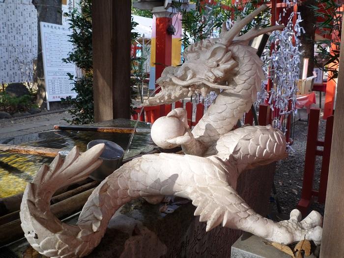 ●15【田無神社-40手水舎】●(700px) P1100737