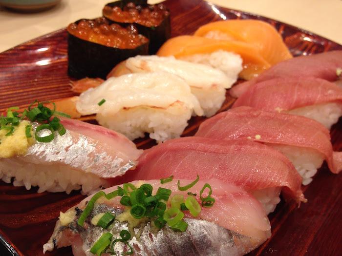 「磯丸すし」の寿司食べ放題はいかに!?あの磯丸水産の姉妹店でたらふく食べた結果