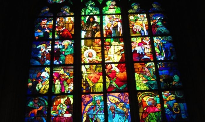 プラハで巡る、ミュシャの旅。大人気の美人画が描かれた理由とは?