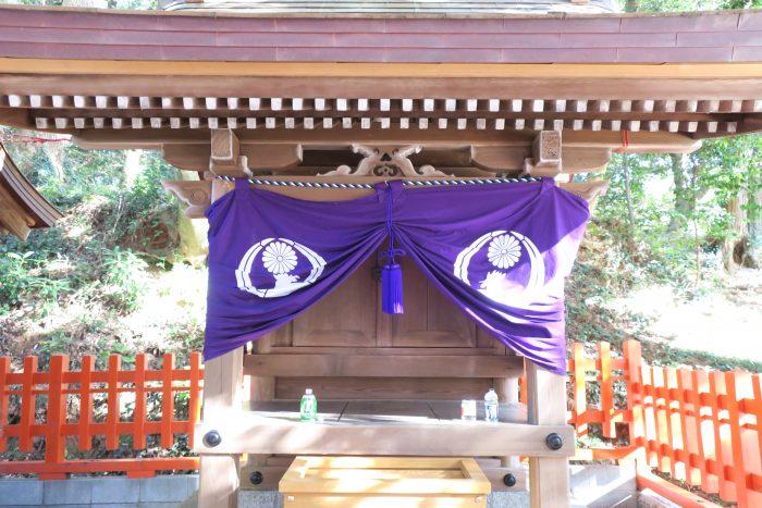 鶏石神社アップ2