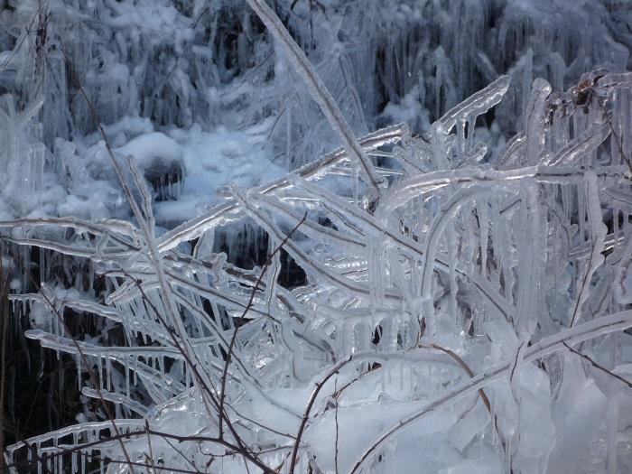 ●14【あしがくぼ氷柱-153雪景色】●(700px) P1140819