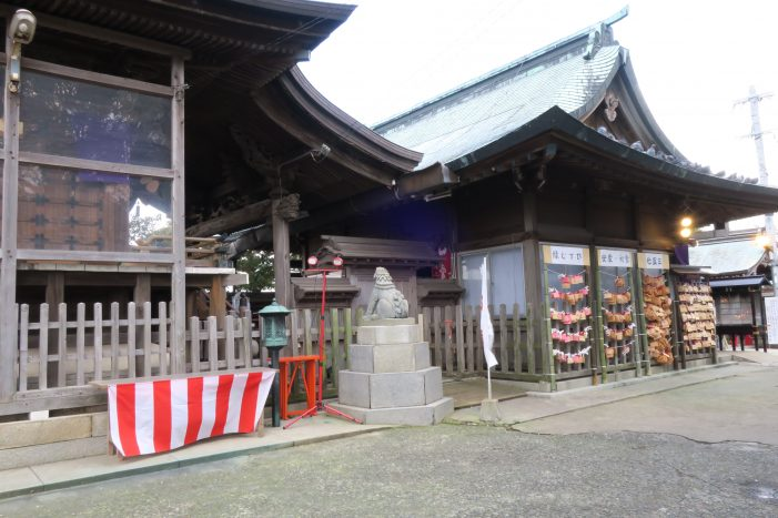愛宕神社 本殿横