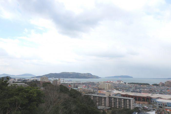 愛宕神社から見える能古島