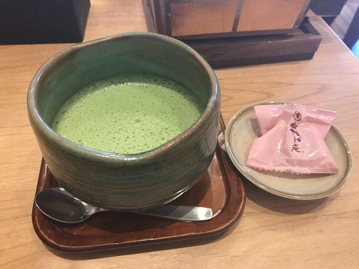 おかげ庵 抹茶ラテ