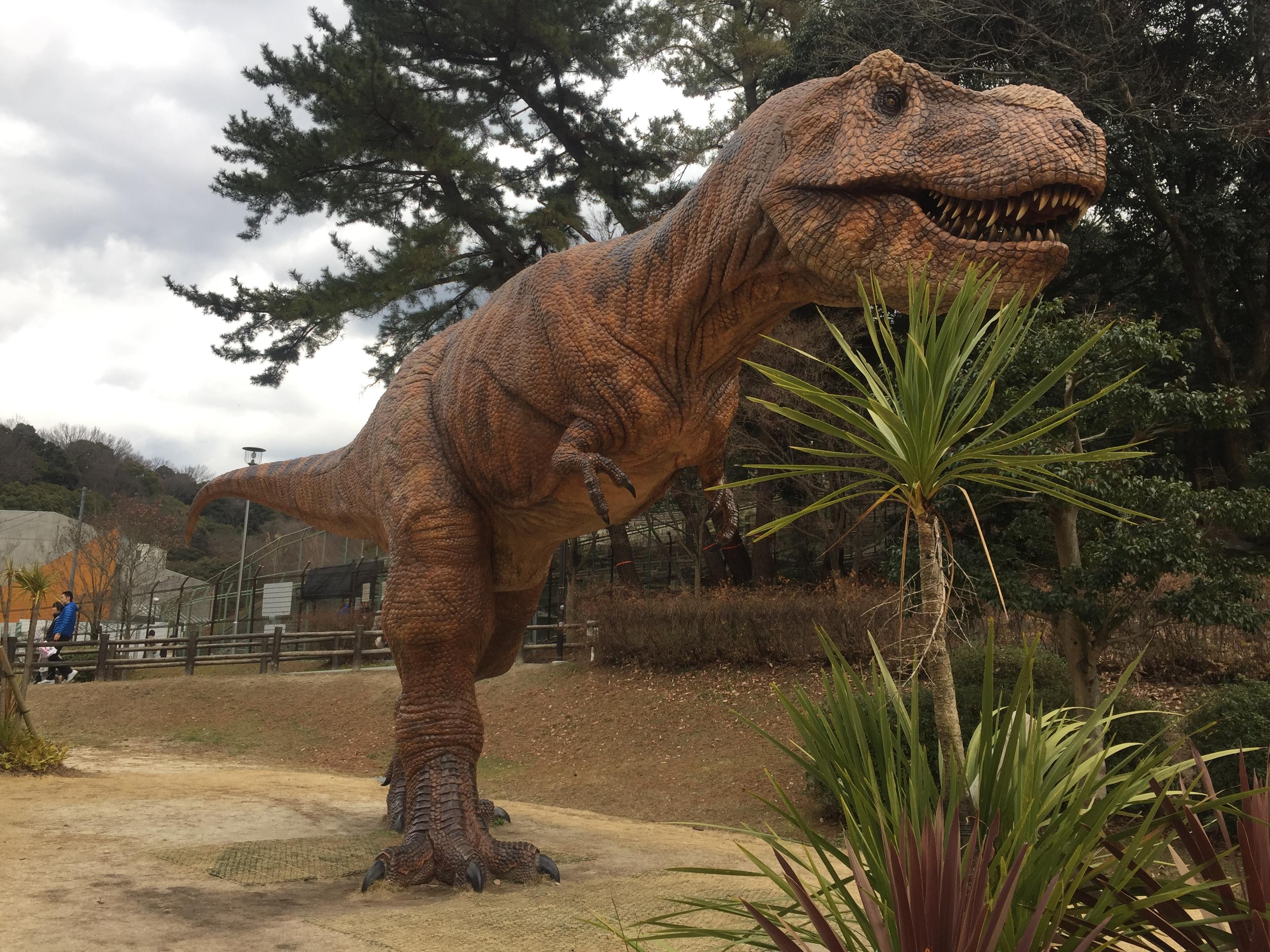 東公園動物園_恐竜
