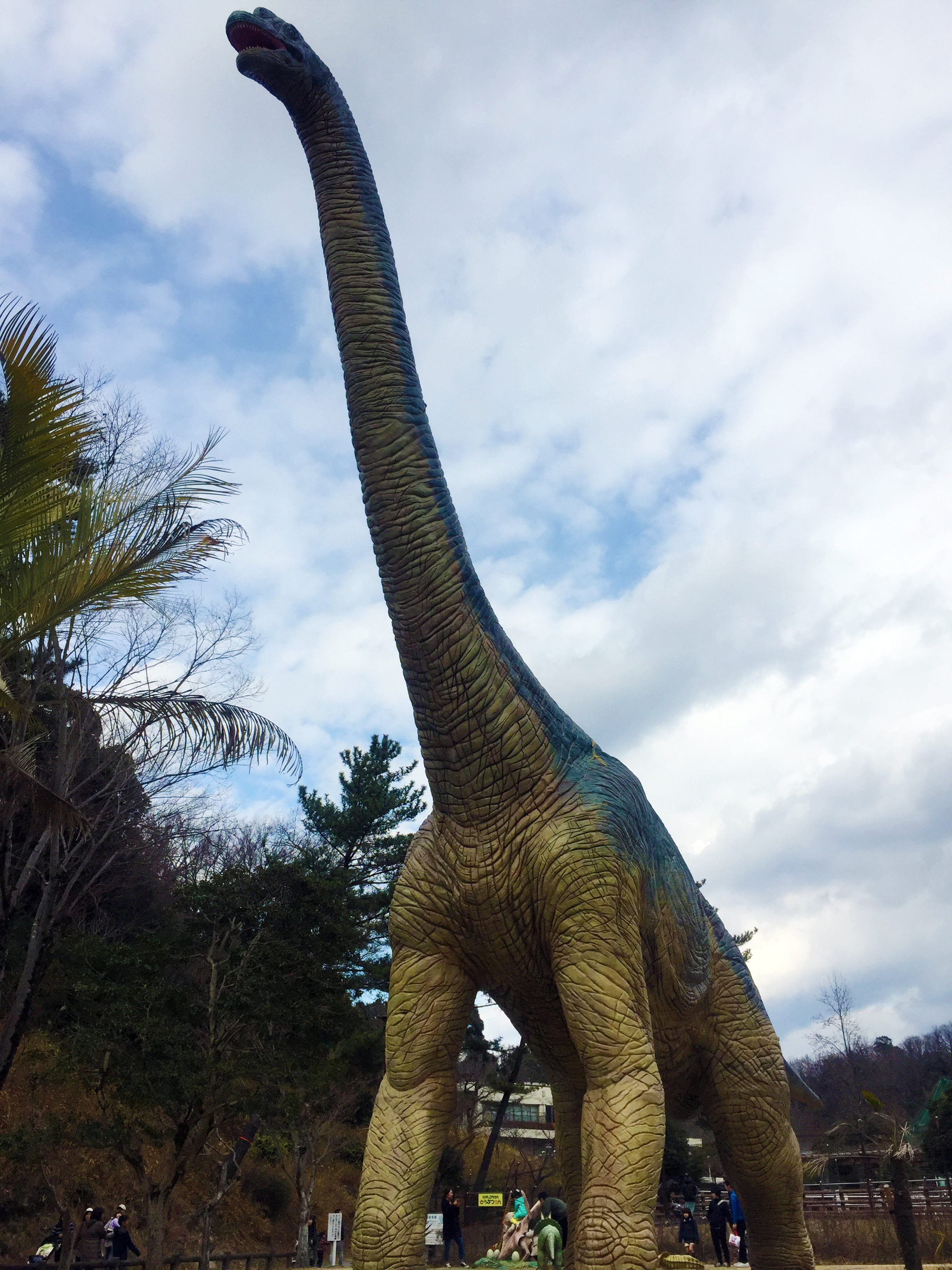 東公園動物園_恐竜_2
