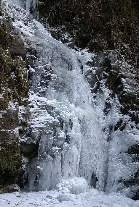 古関の滝14