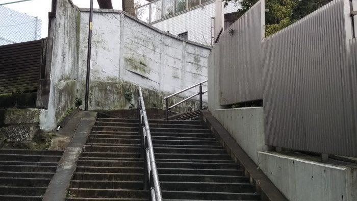 数えるのが怖い!文京区公認の珍スポット「お化け階段」の真相