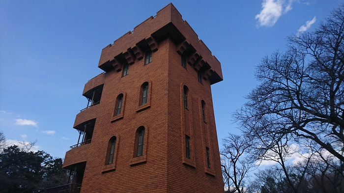 トトロの森を抜けると天空の城ラピュタの城壁塔モデル?