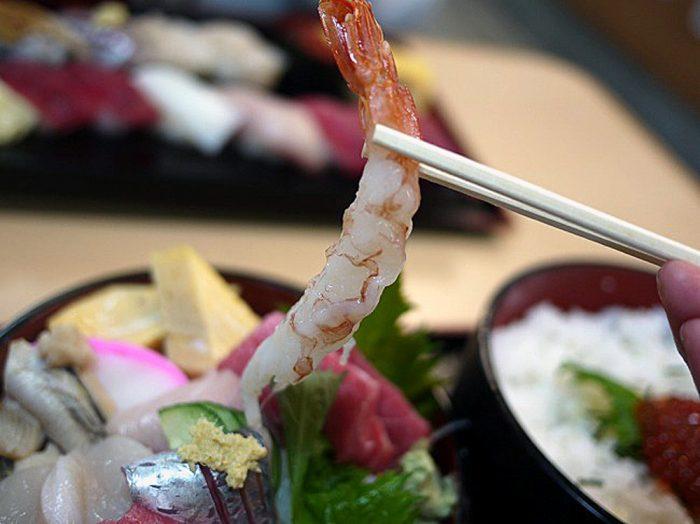 横浜の4市場制覇。海鮮丼を食べるならここだ!