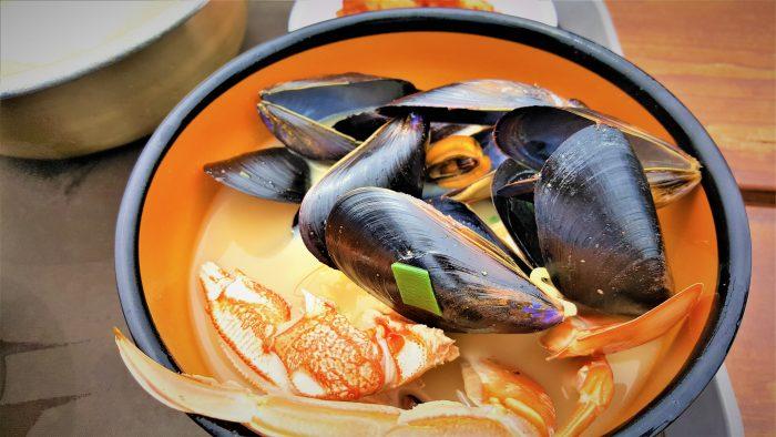 韓国の海女さんが採ってつくるラーメン