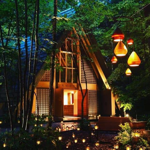 避暑地で大切な人とロマンチックな夏の夜を。
