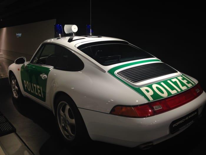 ポルシェ パトカー2