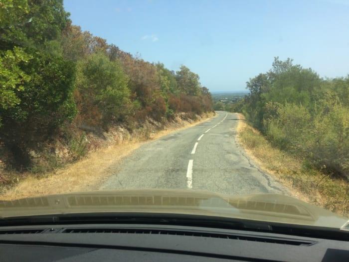 コルシカ山道