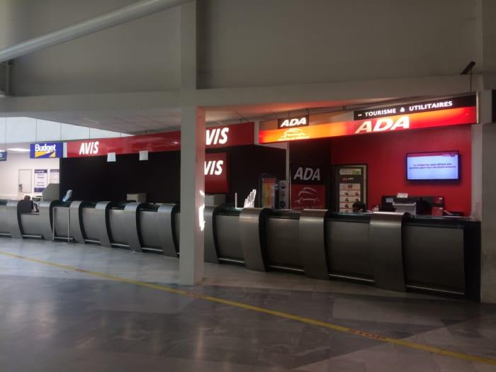 バスティア空港レンタカー