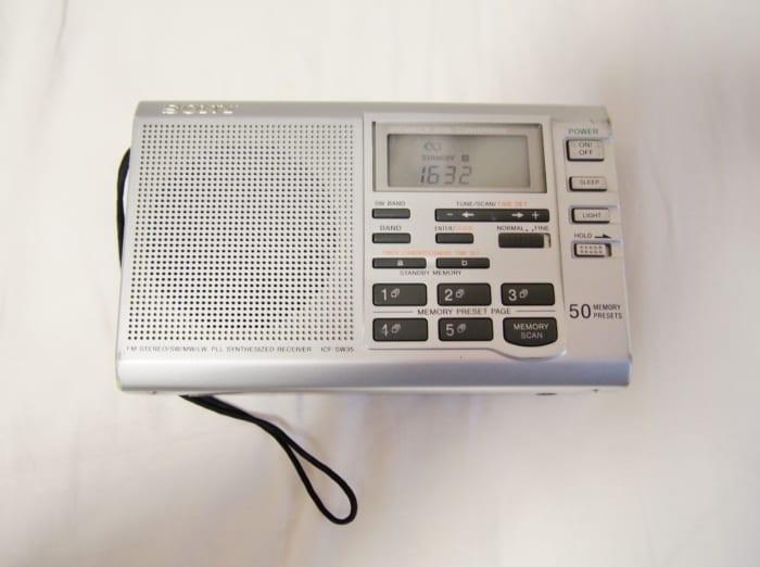 短波ラジオの「怪しい放送」