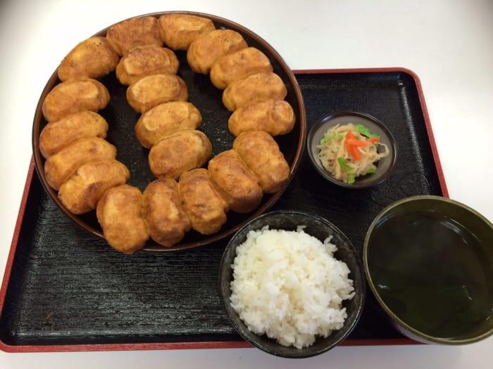 1日に2万個以上売れる千葉のB級グルメ「ホワイト餃子」