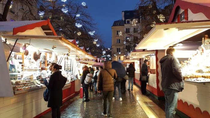 DES HALLESクリスマスマーケット