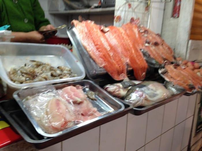 魚をほぼ食べないボリビア人、で...