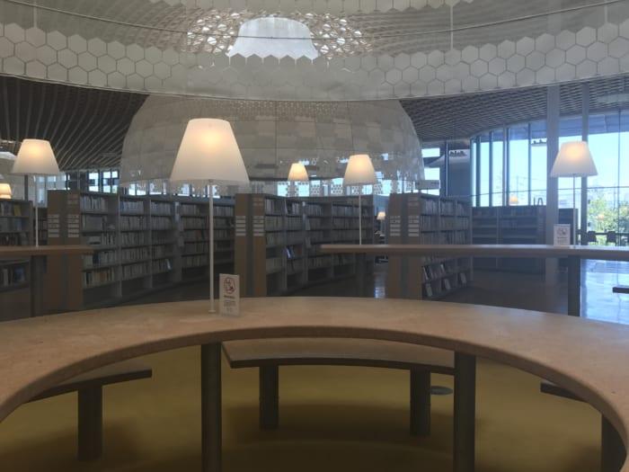 東海 図書館机